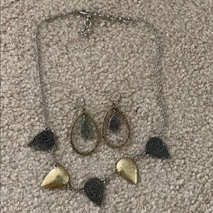 Lucky brand set necklace and earrings!